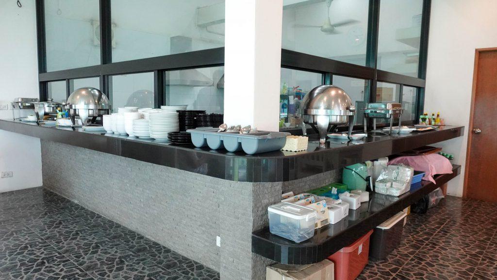 อาหารเช้าแบบบุฟเฟ่ต์ บ้านศิวิไลซ์ รีสอร์ท (Baan Civi Lize Resort)
