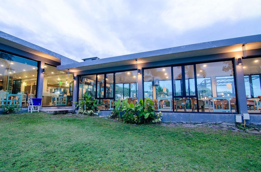ที่พัก ขนอมติดทะเล บ้านศิวิไลซ์ รีสอร์ท (Baan Civi Lize Resort)