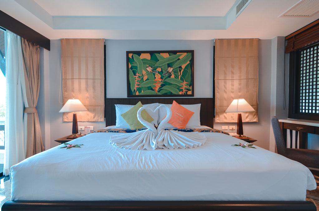 """ที่พัก ป่าตอง ภูเก็ต """" C & N Resort and Spa, Patong Beach, Phuket """"   ออกเดินทาง"""