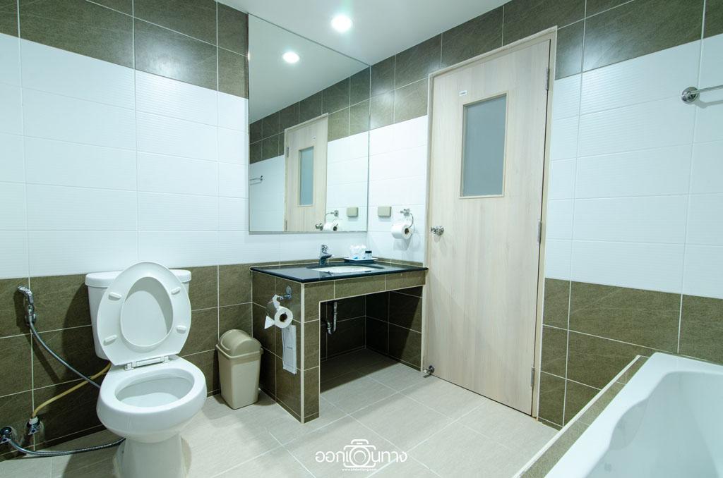 ห้องจูเนียร์ สวีท โรงแรม Flipper House Pattaya